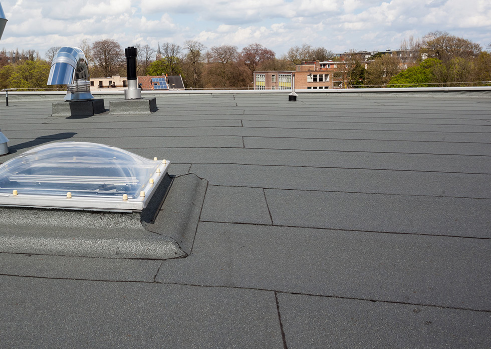 Newly replaced commercial roof in Lafayette, LA